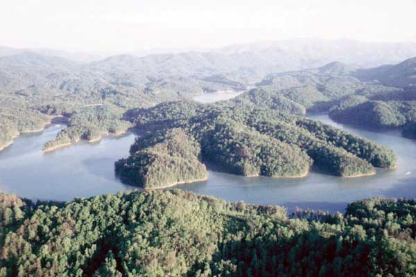 beautiful-views-of-fontana-lake