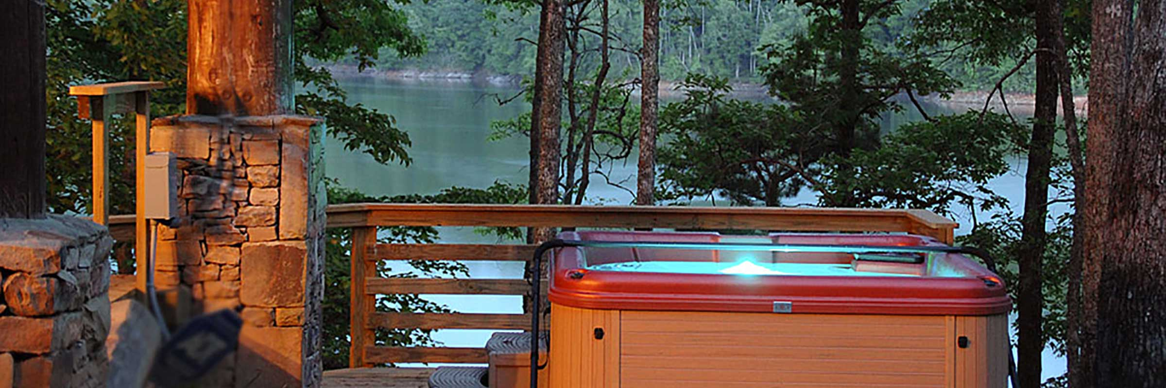 fontana-lake-hot-tub
