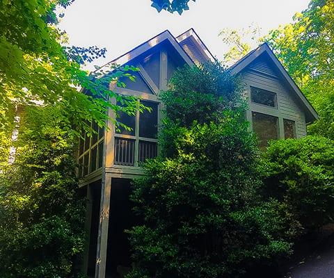 145 Laurel Hill Whittier, NC 28789